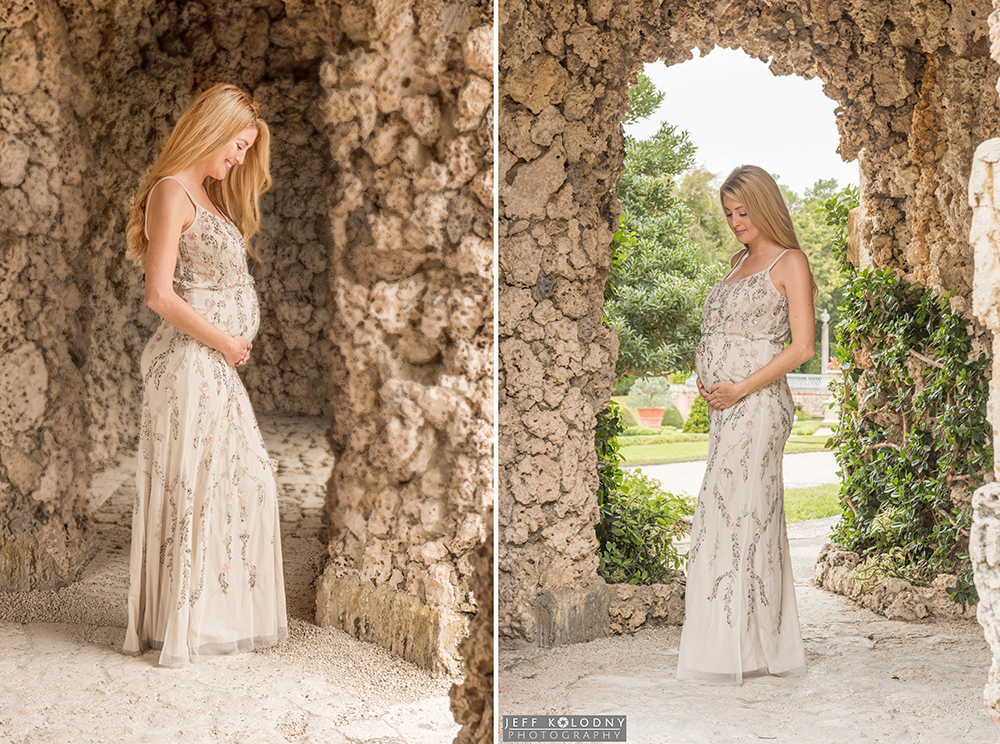 Jessica posing at her Vizcaya maternity photo session.