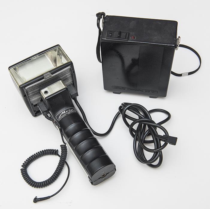 Metz 60 CT-4 on camera flash.